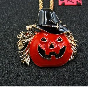 NWT Halloween Necklace
